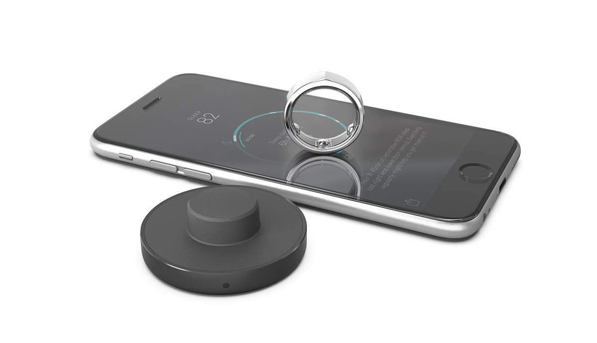 The Oura ring, charger and the app